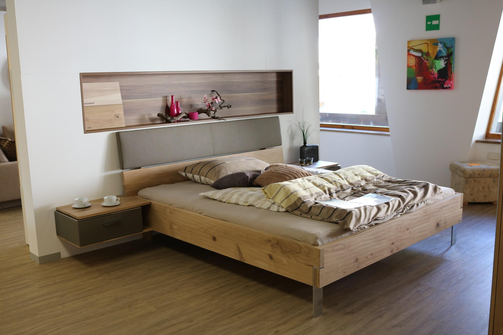 cama en el medio
